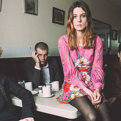 Wolf Alice - I Saw You (In A Corridor)