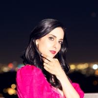 Nadia Vaeh's 'Monroe' Pays Tribute to Her Heroines